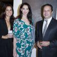 Exclusif - Steve et Chiara Rosenblum entourent Frédérique Bel au 23e Prix Montblanc de la Culture 2014 en France à la Fondation Rosenblum à Paris le 11 juin 2014.