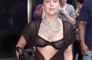 Lady Gaga, à moitié nue dans les rues : Rihanna n'a qu'à bien se tenir !