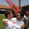 """Jamel Debbouze et Brahim Asloum  - Un """"Charity Game du Marrakech du Rire 2014"""", match de foot caritatif, a été organisé, permettant de reverser 300 000 dirhams (27 000 euros) aux associations """"Al Karam"""" et """"L'Heure Joyeuse"""" le 15 juin 2014."""