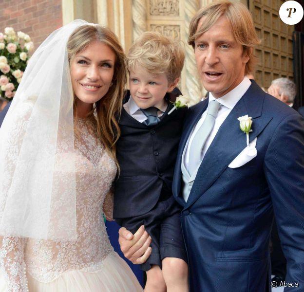 Massimo Ambrosini lors de son mariage religieux avec Paola Angelini, avec leur fils Federico, en l'église Santa Maria Del Carmine, le 21 juin 2014