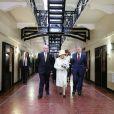 La reine Elizabeth II visite la prison de Crumlin Road à Belfast le 24 juin 2014.