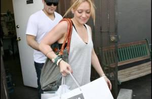 PHOTOS : Hilary Duff peut vraiment compter sur son amoureux !