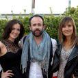 Charlotte Belhomme, Arnaud Sadowski et Julie De Bona assistent à la première du film Prêt à tout lors du 11e festival Les Hérault du cinéma et de la télé 2014 au Cap d'Agde, le 4 juillet 2014.