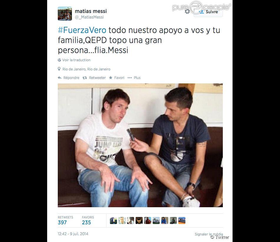 """Matias Messi, le frère de Lionel, rend hommage au journaliste argentin Jorge """"Topo"""" Lopez, mort en pleine Coupe du monde au Brésil le 9 juillet 2014."""