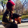 Xabi Alonso avec sa petite Ane (3 ans) à Madrid - décembre 2013.