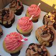 LeBron James a offert des cupcakes à ses voisins pour s'excuser de la gêne occasionnée par les médias et ses fans lors de l'annonce de son retour aux Cavaliers de Cleveland, photo publiée sur Twitter, le 23 juillet 2014