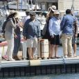 """Exclusif - Zabou Breitman, Gérard Jugnot, Mélanie Doutey et Daniel Auteuil - Tournage du film """"Entre amis"""" sur le Vieux Port de Marseille, le 22 juillet 2014."""