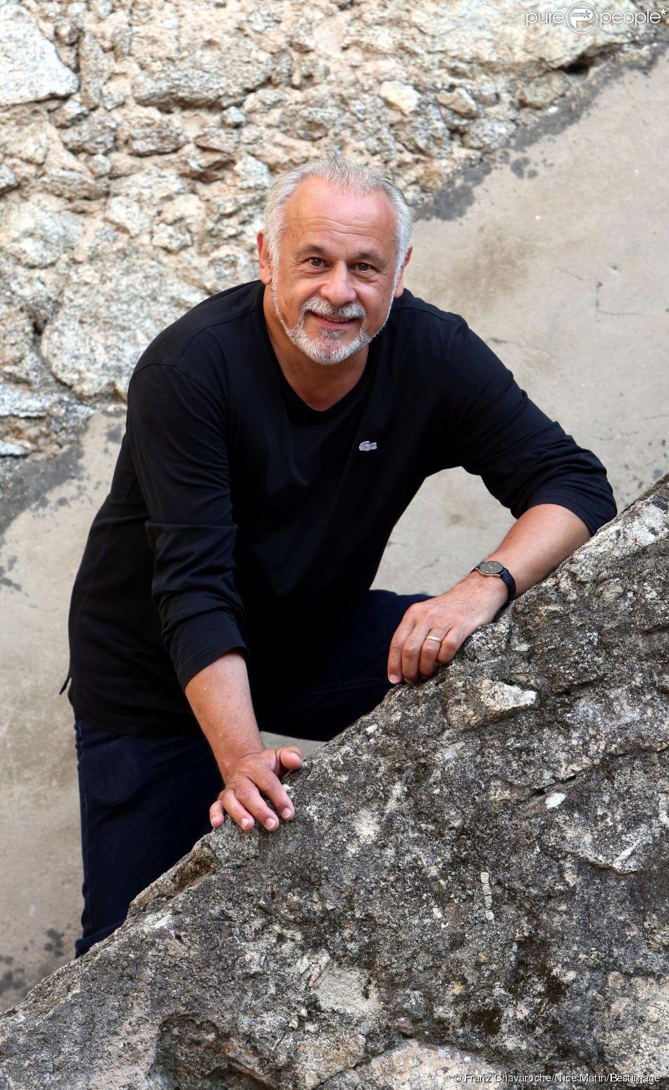 Francis Perrin, à Plan de la Tour, près de Ramatuelle, en août 2014.