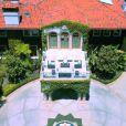Heidi Klum a vendu cette maison, située dans le quartier de Brentwood à Los Angeles, pour la somme de 24 millions de dollars.