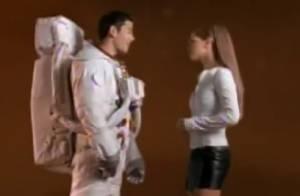 Britney Spears : On a retrouvé le cosmonaute de son clip 'Oops !...I did it again'