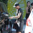 David Beckham à la sortie du SoulCycle avec sa femme Victoria à Brentwood, le 21 août 2014.