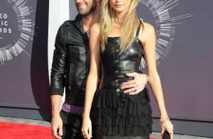 Adam Levine jeune marié, Amber Rose dénudée : les couples stars aux MTV VMA