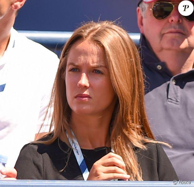 Kim Sears lors du match de son homme Andy Murray au premier tour de l'US Open à l'USTA Billie Jean King National Tennis Center de New York le 26 août 2014