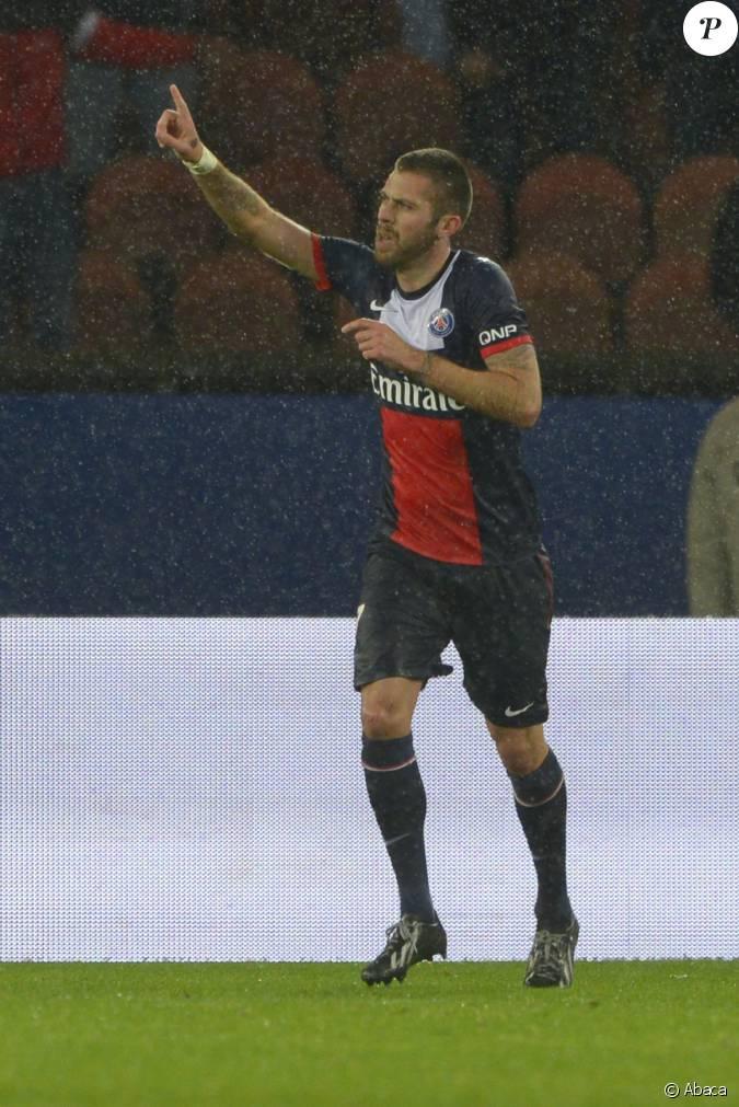 J r my m nez lors du match psg lorient paris le 1er for Lorient match