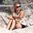Kate Moss sur une plage de Formentera, en Espagne, le 20 août 2014.