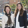 La reine Silvia de Suède et la princesse Madeleine en visite au bureau des droits de l'enfance d'Ersta, le 2 septembre 2014