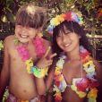 En vacances à Saint-Barth', le clan Hallyday a célébré comme il se doit les 10 ans de Jade et les 6 ans de Joy à l'occasion d'une fête tahitienne à laquelle ont également pris part Marc Lavoine et son épouse, Sarah, le 5 août 2014.