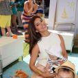 Roselyn Sanchez, accompagnée de sa fille Sebella, a participé au lancement de la campagne Celebrate Pampers BabyGotMoves au centre commercial The Grove à West Hollywood, Los Angeles, le 9 septembre 2014