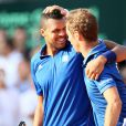 Richard Gasquet et Jo-Wilfried Tsonga lors de la demi-finale de la Coupe Davis entre la France et la République Tchèque le 13 septembre 2014 à Paris.