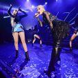 Iggy Azelea et Rita Ora interprètent Black Widow au Shepherds Bush Empire lors du concert de la rappeuse. Londres, le 17 septembre 2014.