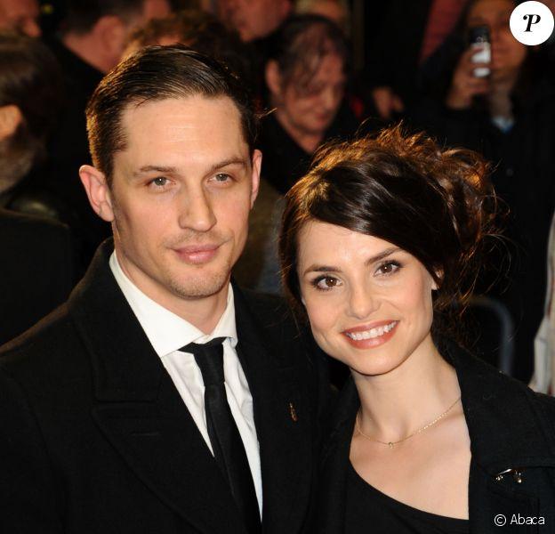 Tom Hardy et Charlotte Riley lors de la première du film Locke lors du BFI London Film Festival à l'Odeon West End de Londres, le 18 octobre 2013