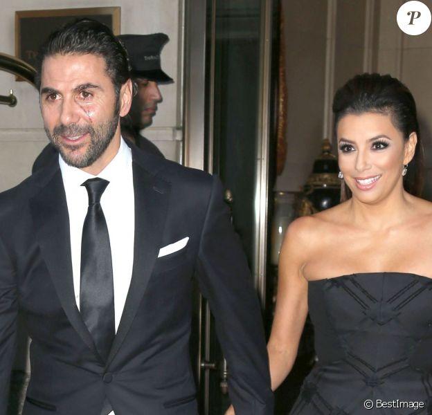 Eva Longoria et son petit ami José Antonio Baston sortent de l'hôtel Ritz Carlton à New York, le 23 septembre 2014.