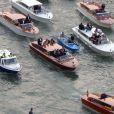 Exclusif - Vue aérienne des arrivées en bateau de George Clooney et ses invités qui se rendent à son mariage avec Amal Alamuddin à Venise