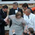 - George Clooney et ses invités se rendent à son mariage avec Amal Alamuddin à Venise, le 27 septembre 2014. Tout le monde a quitté l'hôtel pour se rendre à la cérémonie.  George Clooney leaves with the guests the hotel to go to his wedding with Amal Alamuddin in Venice, on Septembre 27, 2014.27/09/2014 - Venise