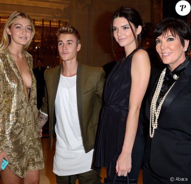 Justin Bieber, Kendall Jenner et Kris Jenner à la soirée CR Fashion Book à l'Hôtel Peninsula à Paris le 30 septembre 2014