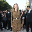 Natalia Vodianova arrive à la Fondation Louis Vuitton pour assister au défilé Louis Vuitton printemps-été 2015. Paris, le 1er octobre 2014.