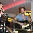 """Nikki Reed et son ex-mari Paul McDonald en concert lors de la soirée """"Bloomingdale's The Pink Party"""", au profit de la fondation pour larecherche contre le cancer du sein, des fondations """"The Carey"""" et Acocella Marchetto, en coopération avec Estée Lauder, à New York. Le 2 octobre 2014."""
