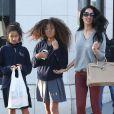 """"""" Exclusif - Kimora Lee Simmons et ses filles Ming et Aoki font du shopping à Beverly Hills, le 5 février 2014. """""""