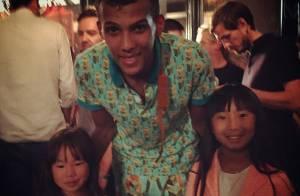 Johnny Hallyday et ses filles fans de Stromae : Leur rencontre avec le phénomène
