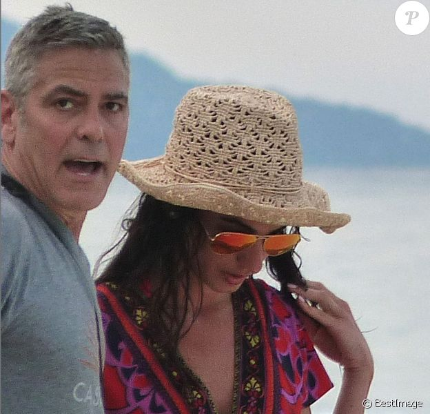 Exclusif - George Clooney et son épouse Amal Alamuddin en vacances près des Seychelles.