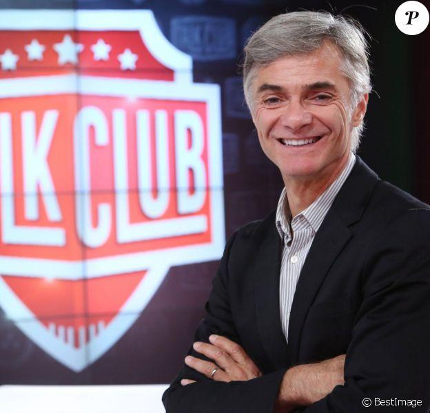 Exclusif - Cyril Viguier présente Talk Club sur NRJ 12 à partir du 18 octobre 2014.