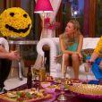 Dîner réunissant Boom-Boom, le meilleur ami de Patrick, Clara et Patrick (Mon incroyable fiancé saison 3, épisode diffusé le vendredi 24 octobre 2014 sur TF1.)
