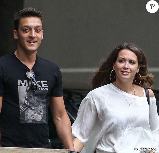 Mesut Özil et sa compagne Mandy Capristo à New York, le 14 juin 2013