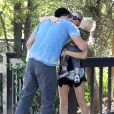 Fergie et Josh Duhamel avec leur fils Axl à Santa Monica, le 6 novembre 2014.