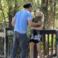 Fergie et Josh Duhamel sont allés chercher leur fils Axl à l'école à Santa Monica, le 6 novembre 2014.