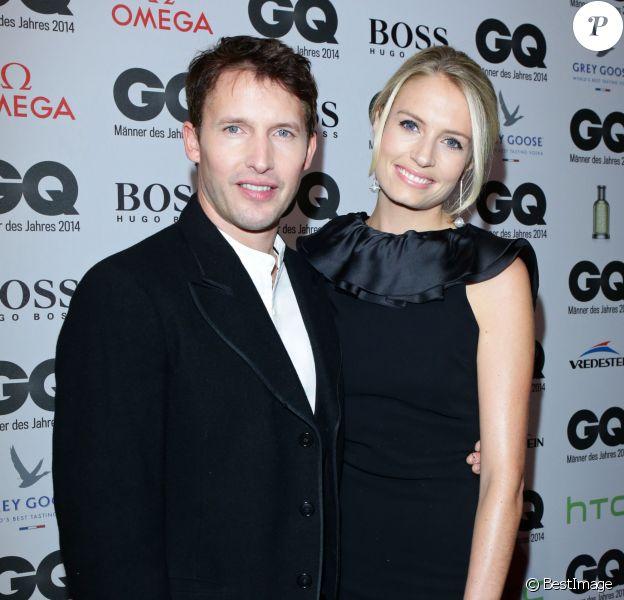 """James Blunt et sa femme Sofia Wellesley lors de la soirée de gala """"GQ Men of the Year Award"""" à Berlin en Allemagne le 6 novembre 2014."""