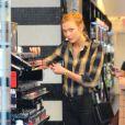 Taylor Swift et Karlie Kloss sont allées faire du shopping à New York. Le 12 novembre 2014
