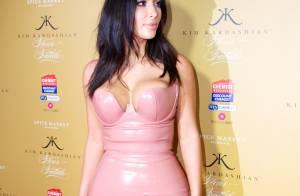 Kim Kardashian : Chic et gourmande pour une autre couverture sexy