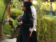 Robert Pattinson, la main sur les fesses de sa chérie : Quel gentleman !