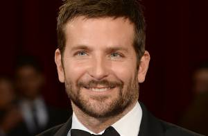Bradley Cooper à coeur ouvert : La mort de son père, la drogue...