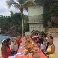 Jada Pinkett Smith en famille pour Thanksgiving passé en Jamaïque. (Photo postée le 28 novembre 2014)