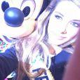 Camille Cerf pose avec Mickey à Disneyland Paris, le dimanche 7 décembre, peu après son élection.