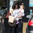 Jenna Dewan achète une boisson avec sa fille Everly à West Hollywood, le 5 décembre 2014.