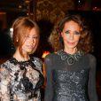 """Zahia Dehar et Marisa Berenson - Gala du Cercle de l'Union interalliée en faveur de """"Children for Peace"""" à Paris, le 12 décembre 2014."""