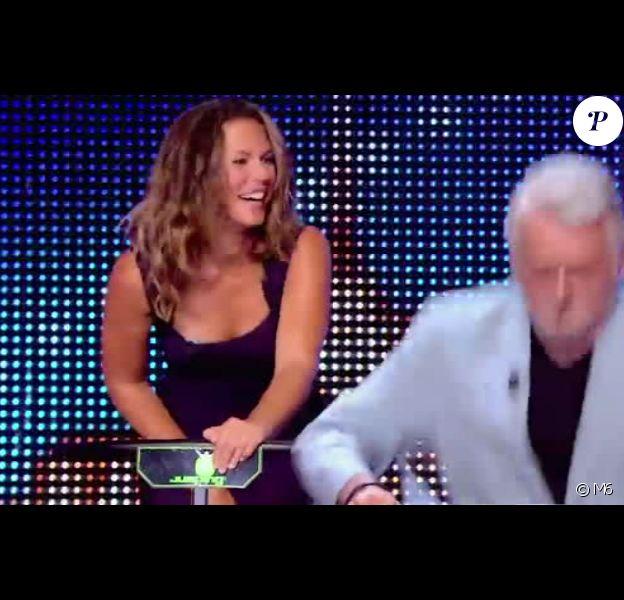 """Lorie tente le fitness sur mini trampolines - """"La France a un incroyable talent 2015"""" sur M6. Mardi 16 décembre 2014."""