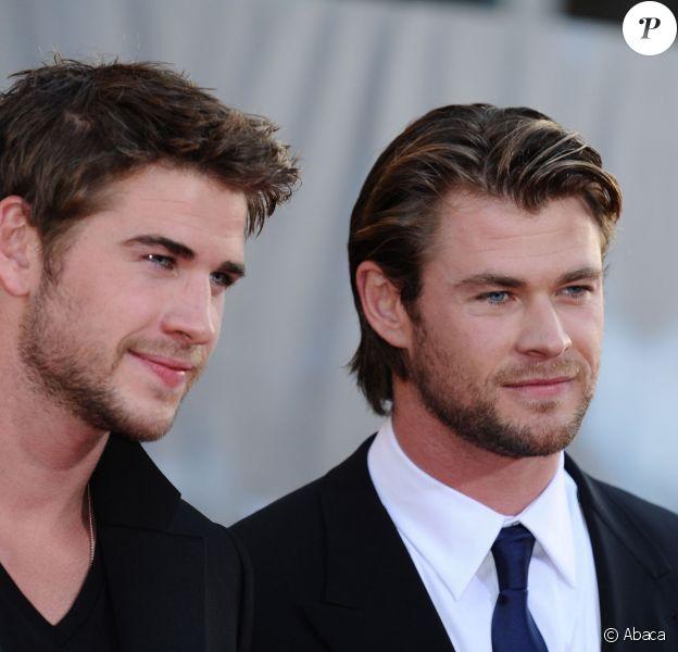 Liam Hemsworth et Chris Hemsworth à Los Angeles, le 2 mai 2011.